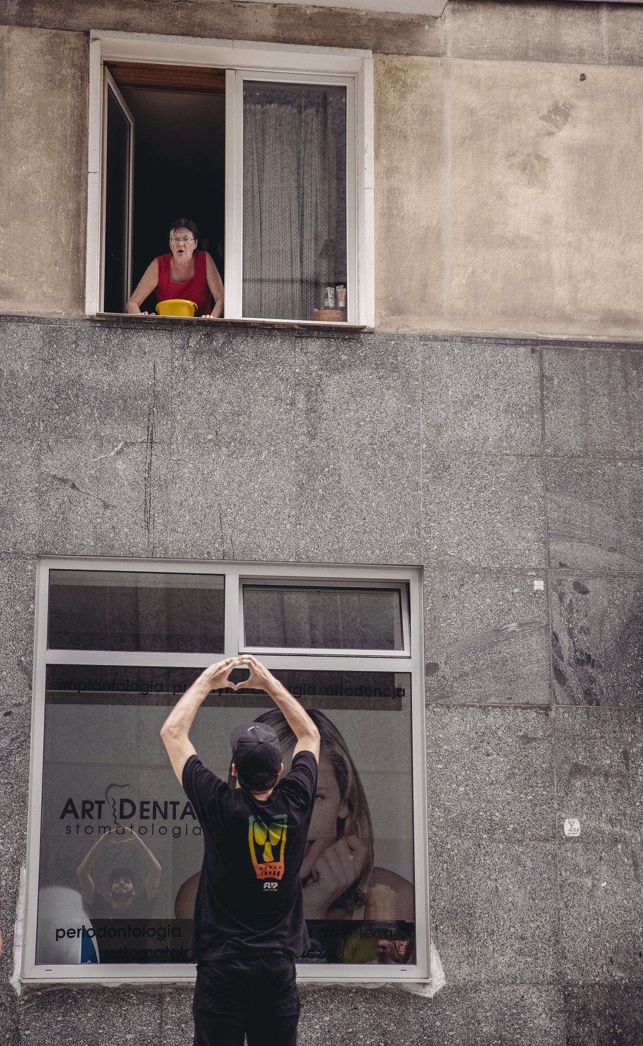 Berger feat. babcia z okna